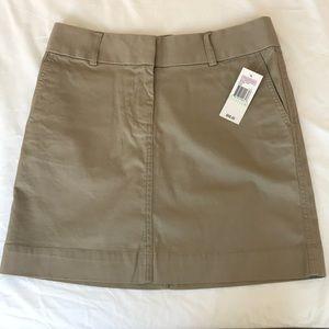 NWT Vineyard Vines khaki skirt
